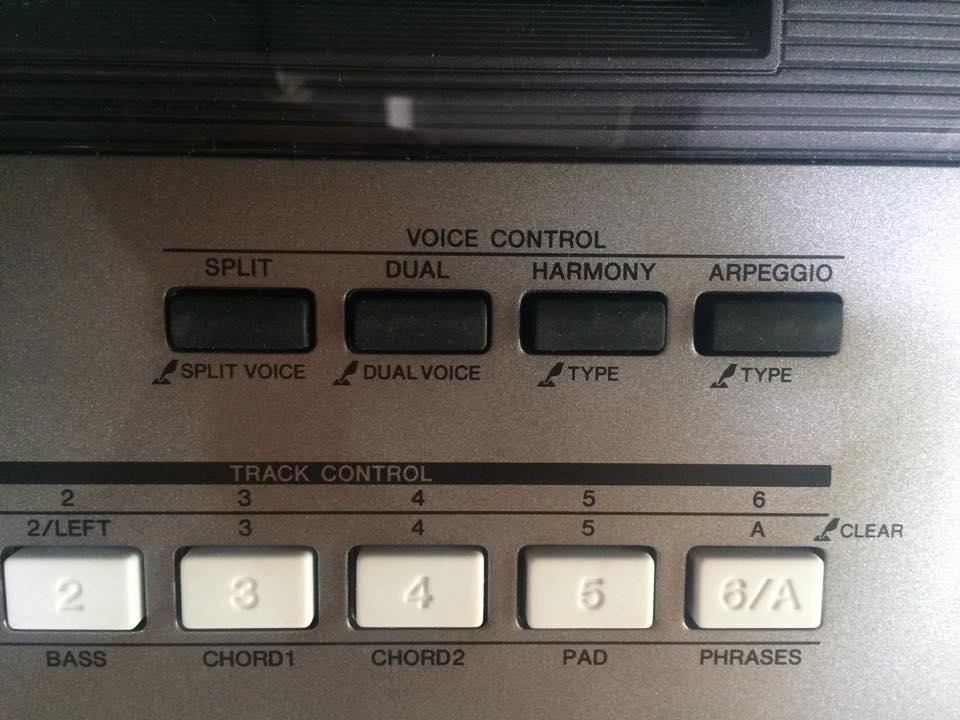 các nút điều khiển trên đànOrgan